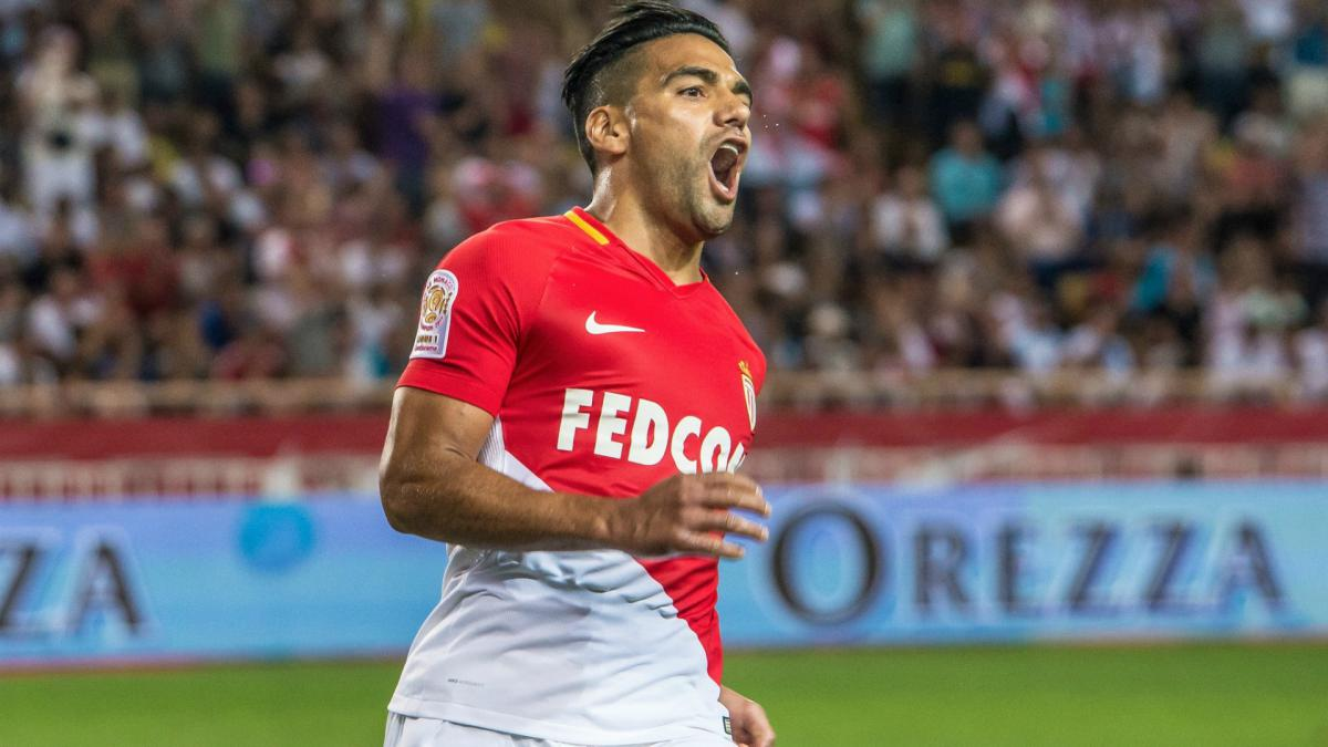 Falcao blasts refereeing 'disgrace' in Coupe de la Ligue final loss