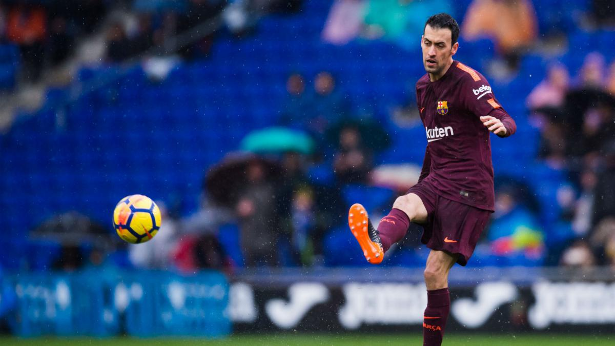 Busquets returns to Barcelona training