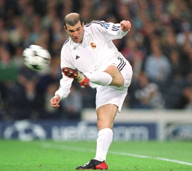 15/05/02 | Zidane again showed the watching world his genius on the field.