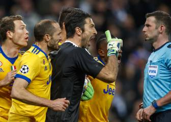 Poll: Oliver right to award Madrid penalty and send off Buffon