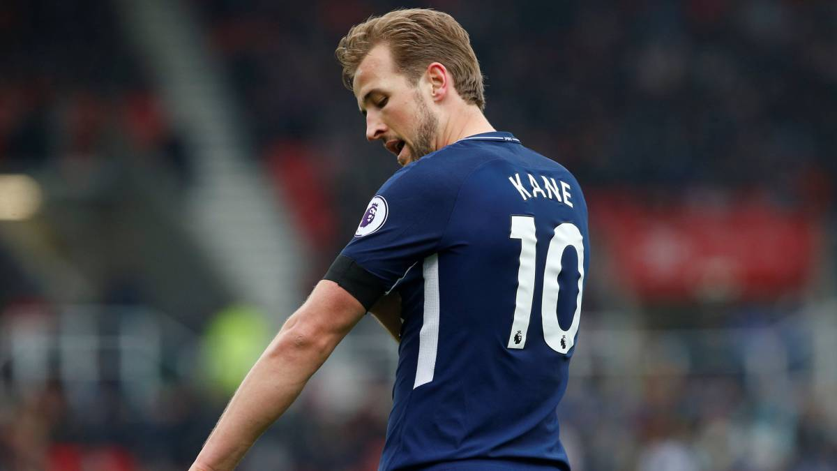 Pochettino says Kane will learn from goal-gate controversy amid criticism