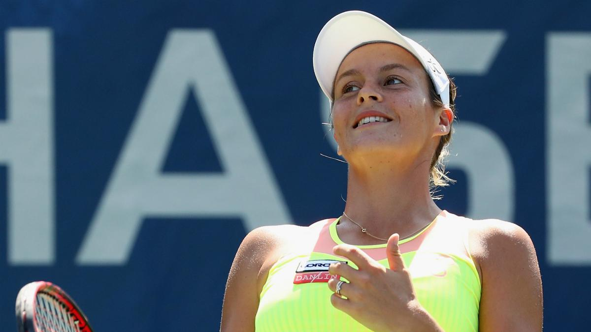 Seguel shocks top seed Maria at Bogota Open