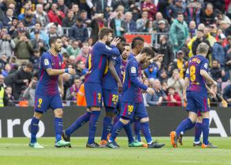 Record-breaking Barça deny Valencia to inch closer to title