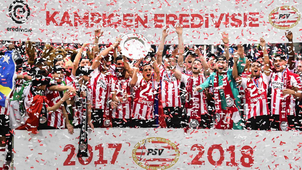 PSV punish nine-man Ajax to reclaim Eredivisie title