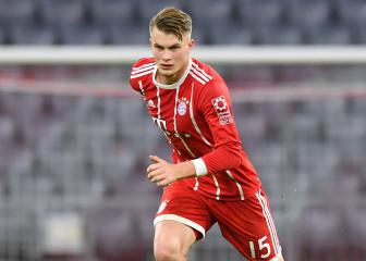 Bayern hand Bundesliga debut to 18-year-old Lars Lukas Mai