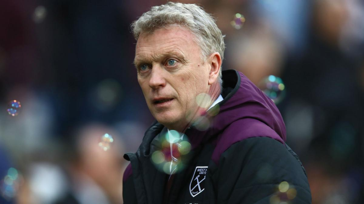 Moyes in no rush to discuss West Ham future