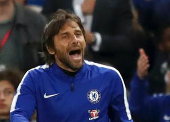 Chelsea future out of Conte's hands