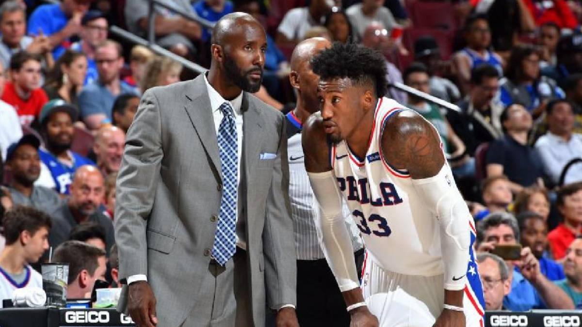 Atlanta Hawks zeroing in on 76ers assistant Pierce as coach