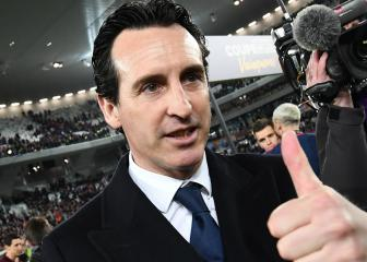 Unai Emery leaving PSG with a smile on his face