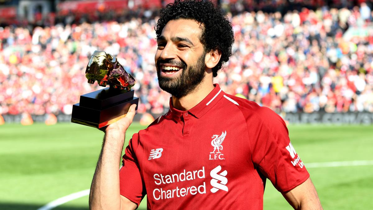 He'd win an award for getting out of his car – Klopp jokes about Salah prizes