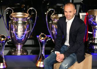 Barcelona says goodbye to Iniesta