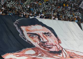 17 years, 655 games later...Buffon plays his last match for Juve
