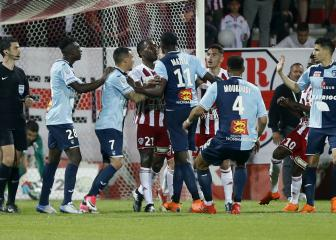 Four sent off as Ajaccio win chaotic Le Havre play-off