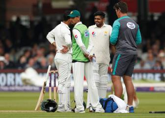 ICC warns Pakistan players to stop wearing smartwatches