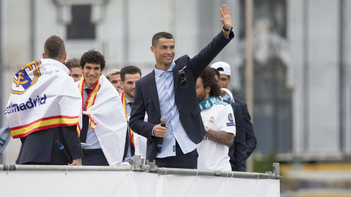 "Cristiano Ronaldo tells Real Madrid fans: ""See you next year"""