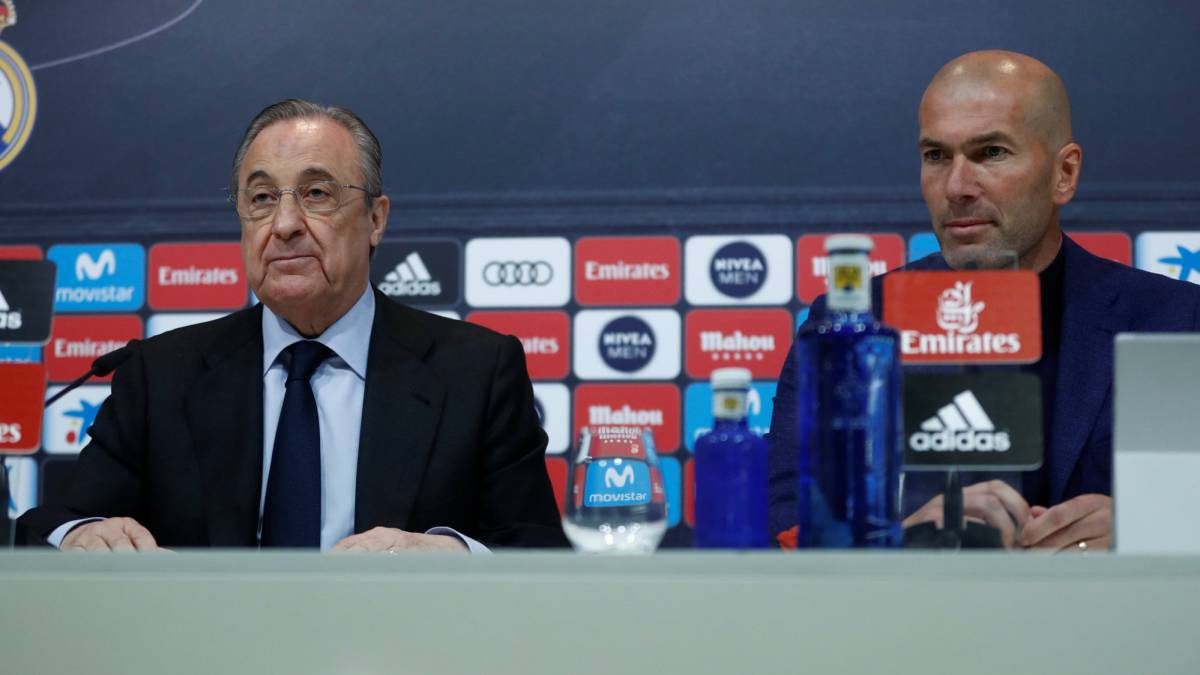 Real Madrid president Florentino Perez and coach Zinedine Zidane during the press conference