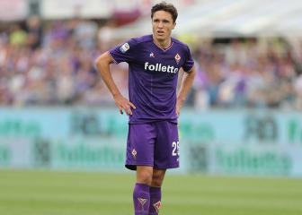 Roma and Napoli target Chiesa to stay at Fiorentina, says father