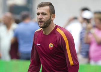 Roma keeper Lobont retires - five years after his last game