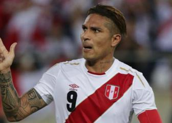 Guerrero revels in return as Peru star highlights unity
