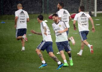 Argentina and Messi work up a sweat at the Joan Gamper