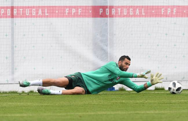 Portugal's goalkeeper Rui Patricio attends a training session at the team's base camp in Kratovo, outskirts of Moscow, on June 11, 2018, ahead of the Russia 2018 World Cup.