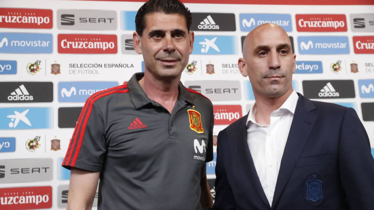 Hierro takes over after Lopetegui sacked