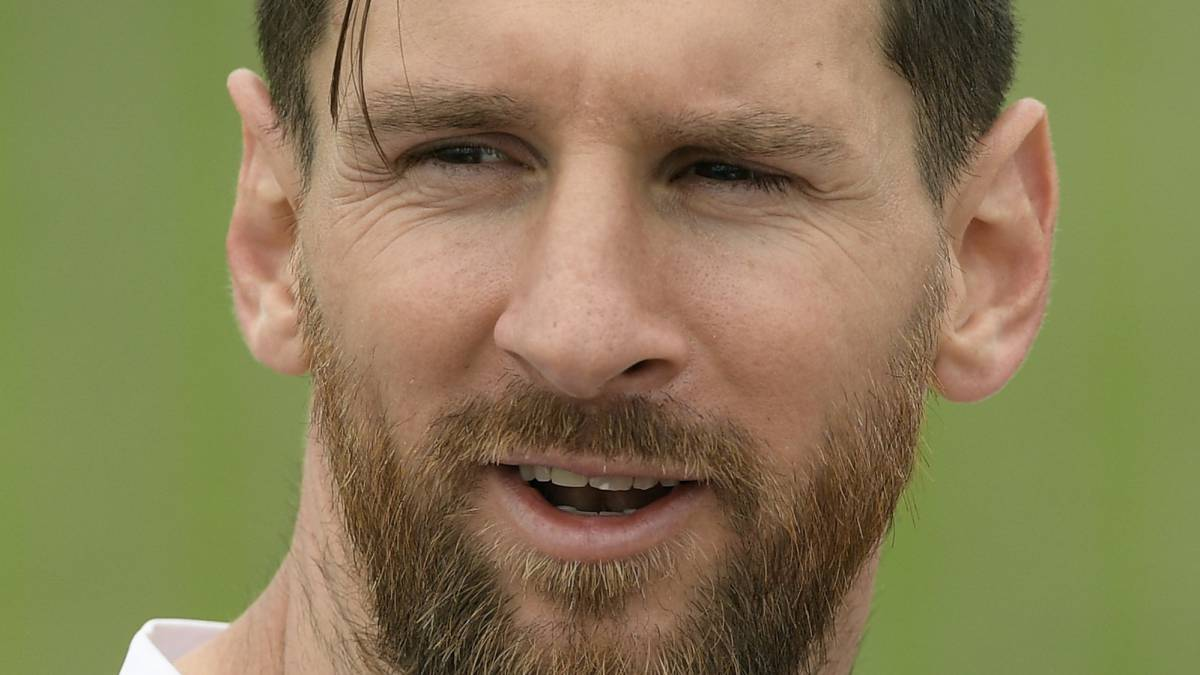 Argentina pressure on Messi has increased, claims Zanetti