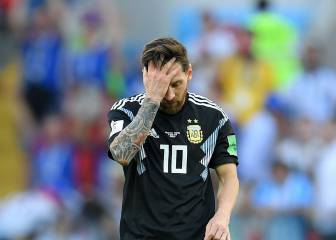 Iceland heroically hold Argentina as Messi misses penalty