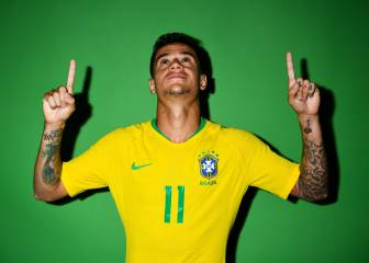 Coutinho stunner gives Brazil the lead