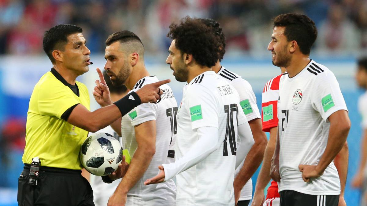 Egypt to file referee complaint after Russia defeat