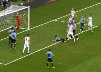 Cheryshev own goal puts Uruguay in charge