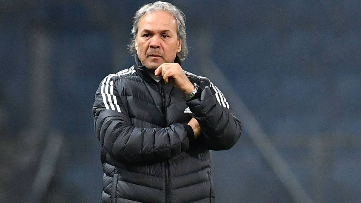Madjer: Algeria fire head coach