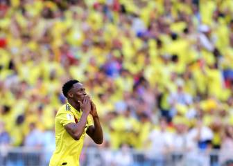 Mina heads Colombia into last 16 as Senegal crash out