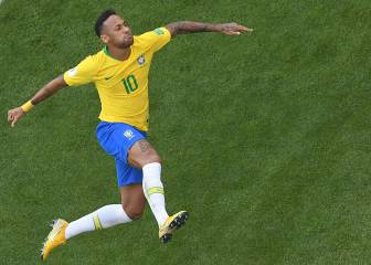 Brazil beat Mexico to make World Cup quarter-final