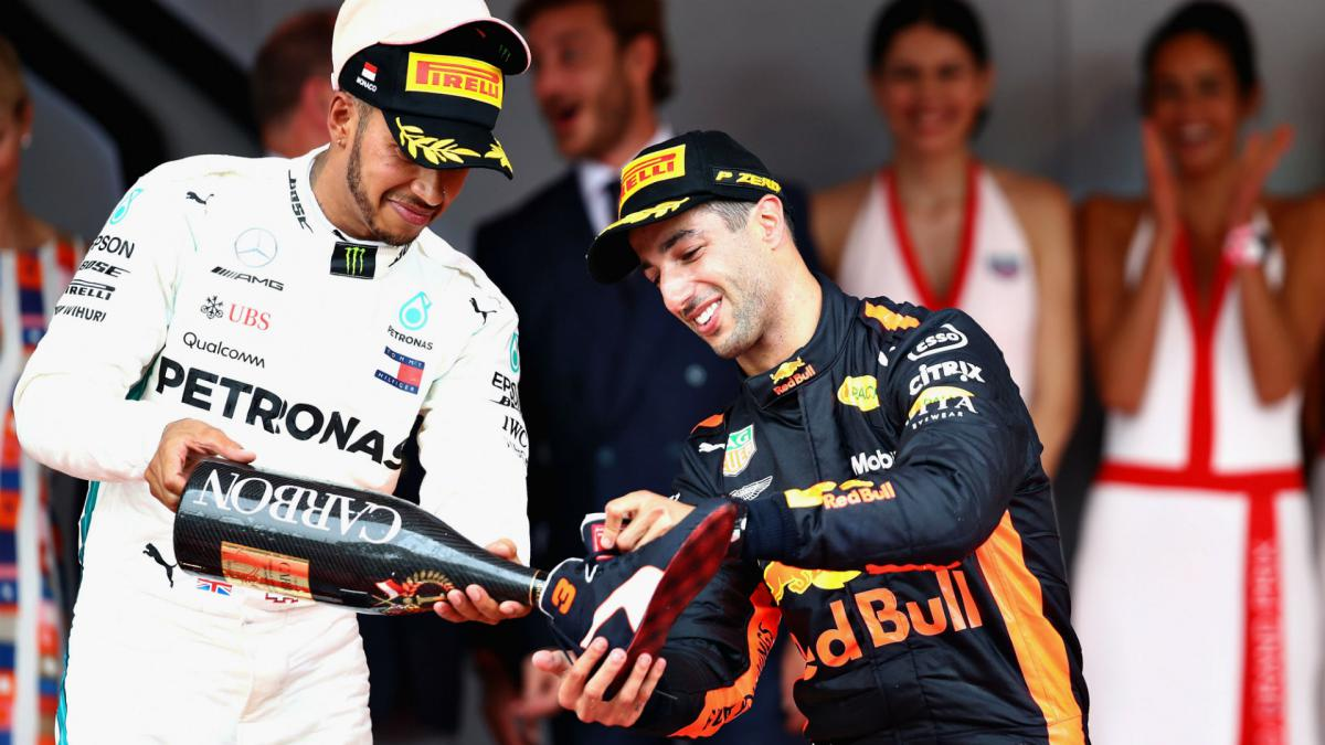 The English are doing too well in sport! - Ricciardo aims to pip Hamilton