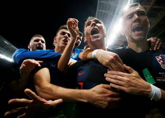 Extra-time Mandzukic winner sends Croatia into final