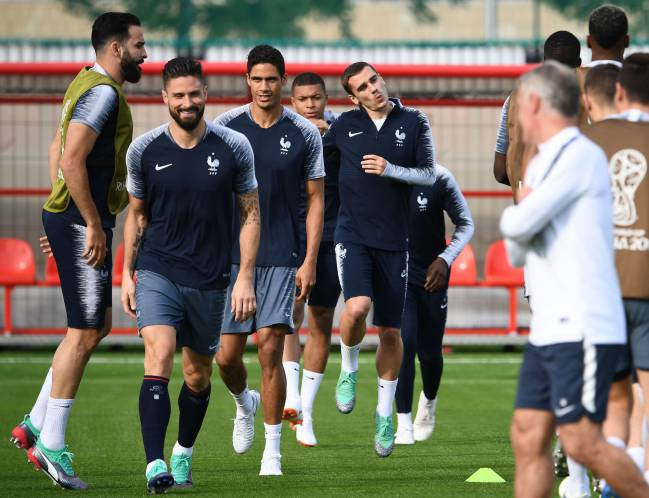 Reuniting for France | Adil Rami, Olivier Giroud,Raphael Varane, Kylian Mbappe andAntoine Griezmann at training.