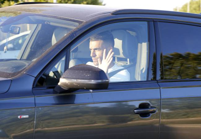 Ceballos arrives for Real Madrid pre-season duty.