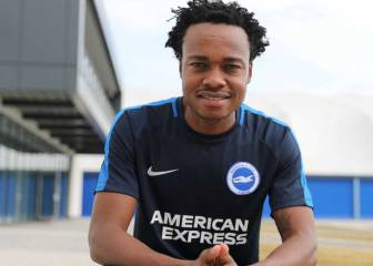 Brighton sign South African striker Percy Tau on 4-year deal
