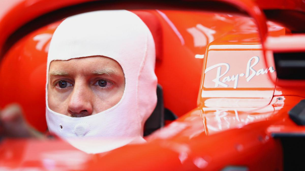 Vettel smashes lap record to take Hockenheim pole after Hamilton woe
