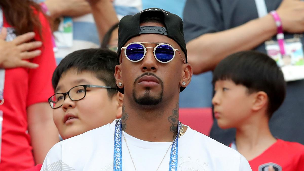 Boateng in talks with PSG, confirms Rummenigge
