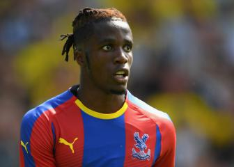 Hodgson expects Zaha Palace stay despite Chelsea rumours