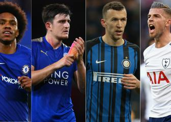 Who should Manchester United sign before the deadline?