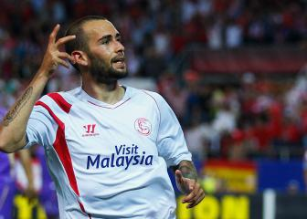 Aleix Vidal offically presented after return to Sevilla