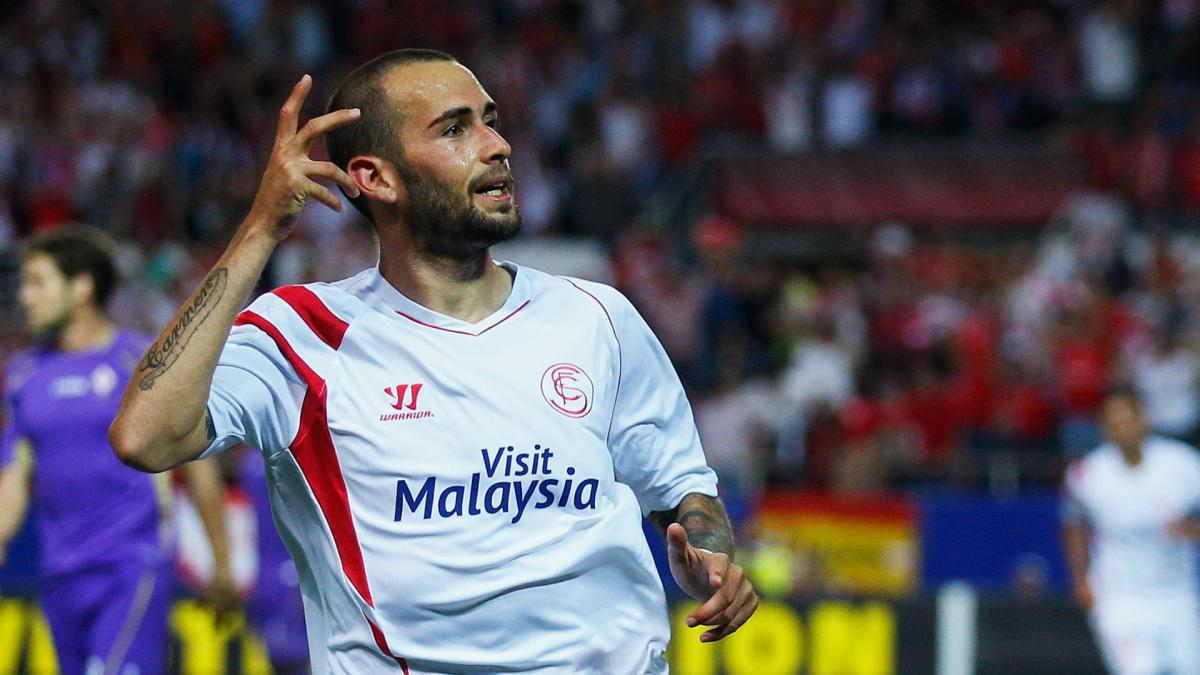 Vidal signs four-year Sevilla deal