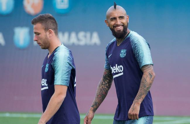 Arturo Vidal in his first training session with Barcelona.