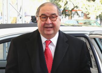 Usmanov confirms sale of Arsenal shares to Kroenke
