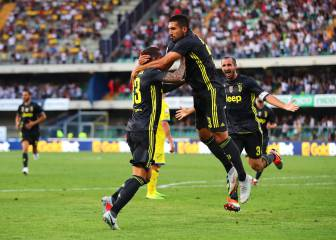 Bernardeschi late, late goal gives Juve win