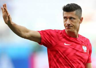 Bayern close the door on Robert Lewandowski's agent