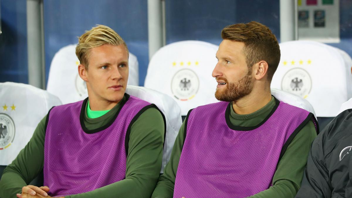 'Modern keeper' Leno gets Mustafi backing